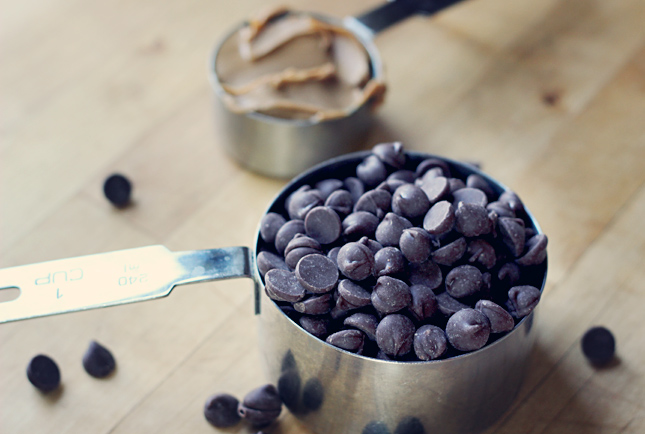 chocolate chips and peanut butter