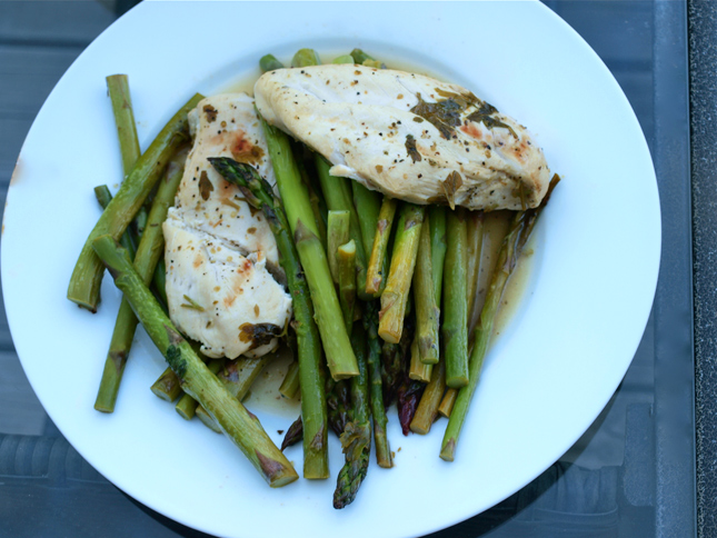 New Mama Meals: Lemon Chicken with Asparagus