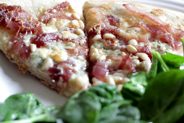 Pizza With Caramelized Onions, Gorgonzola And Pecans Recipes ...