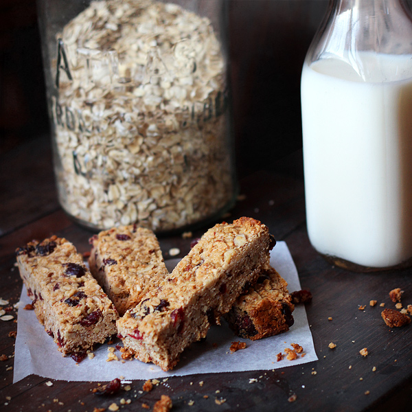 Homemade-Granola-Bars-600