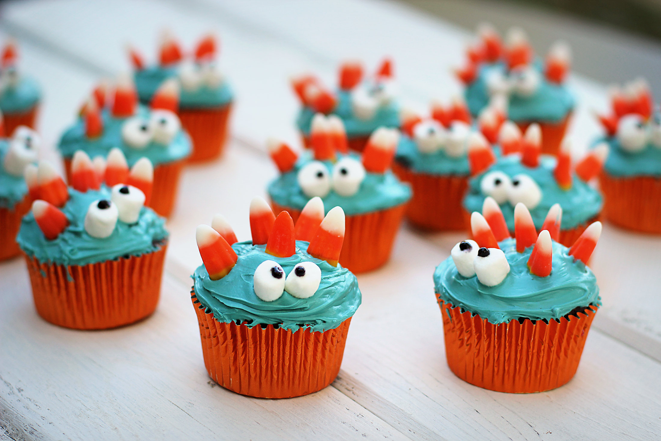 Monster-Cupcakes-1