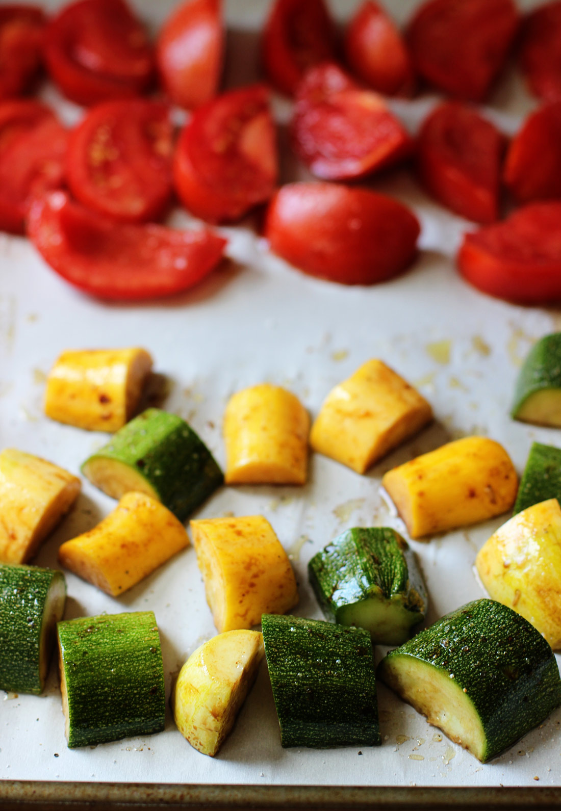 Roasted-Tomato-&-Summer-Squash-Pasta-ingredients